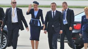 Prezydent z małżonką przywitali papieża. Jak wyglądała pierwsza dama?