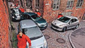 Toyota Yaris, Renault Clio, Peugeot 207, Fiat Grande Punto, VW Polo - Który maluch jest największy?