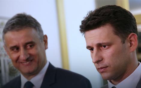 Karamarko podržava kontroverzan predlog, Božo Petrov osuđuje uvođenje registra
