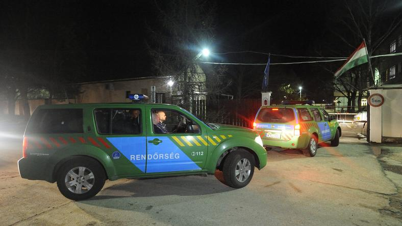 A macedón-görög határon 2016. január 4-től szolgálatot teljesítő magyar rendőrök megérkeznek a Szegedi Rendészeti Szakközépiskolába / Fotó: MTI Kelemen Zoltán Gergely