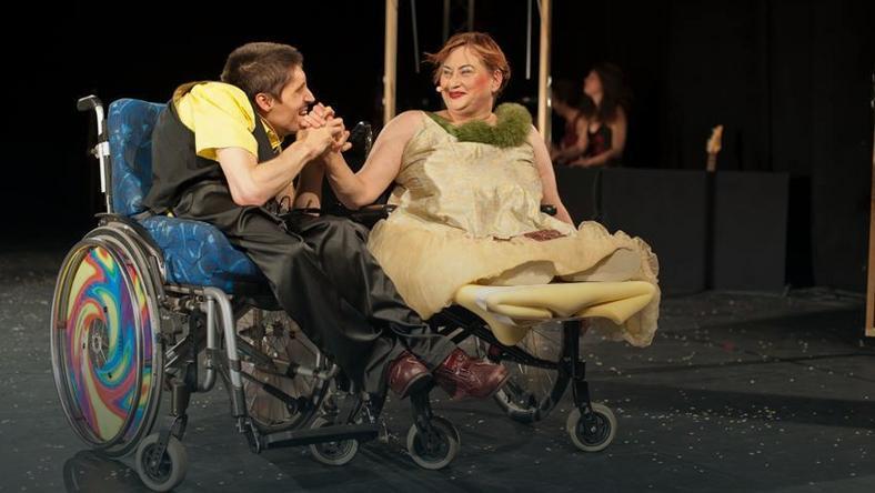 Pan i pani na wózku, jako aktorzy