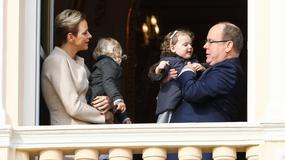 Książę Albert i księżna Charlene z bliźniakami