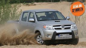 Toyota Hilux kontra Mitsubishi L200, Nissan Navara i Ford Ranger - który używany pikap będzie lepszym wyborem?