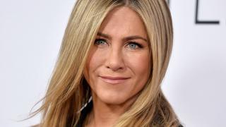 Best Look: Jennifer Aniston w kombinezonie Armani