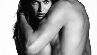 Była dziewczyna Ronaldo topless w kampanii jeansów Givenchy