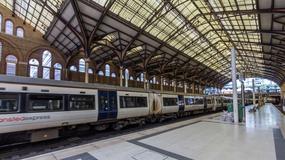 Płaci 36000 zł rocznie, aby dojechać pociągiem do pracy. Miejsce siedzące znajduje w schowku na miotły