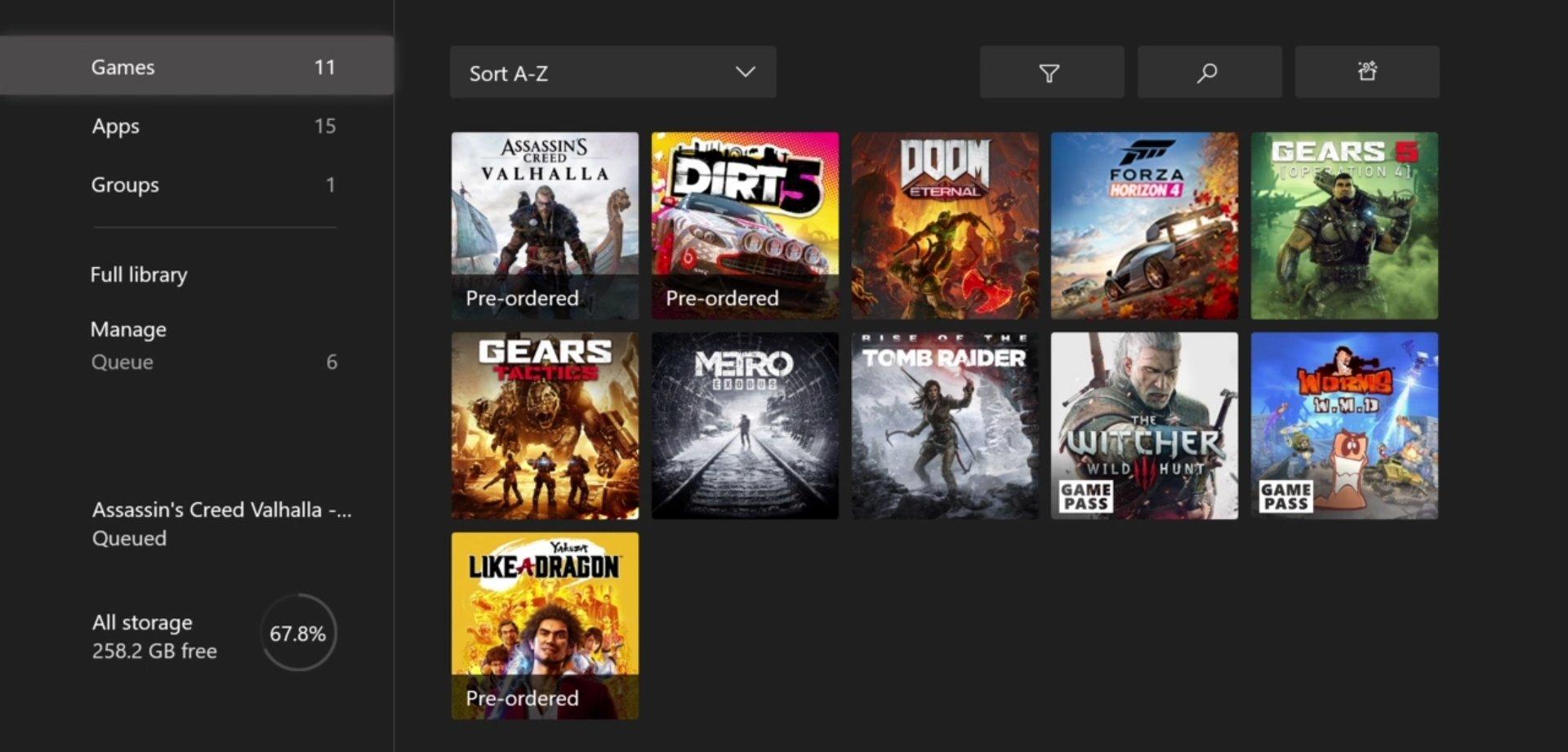 Na konzole sú ihneď dostupné aj staršie hry. Niektoré už dostali aj grafické vylepšenia.