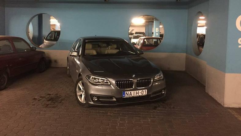 Péterfalvi Attila autója /Fotó: Olvasó riporterünk