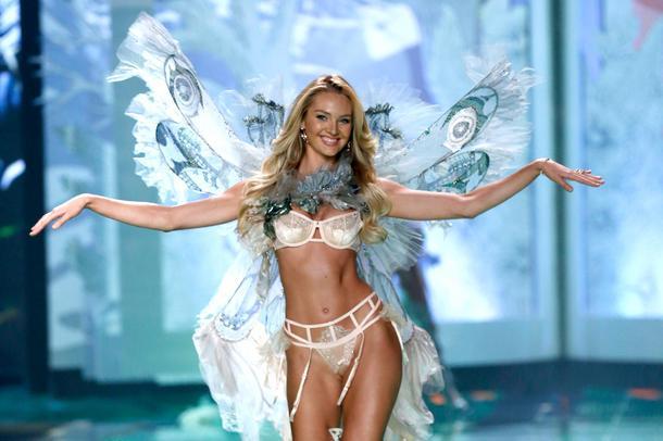 Candice Swanepoel w reklamie perfum Victoria's Secret