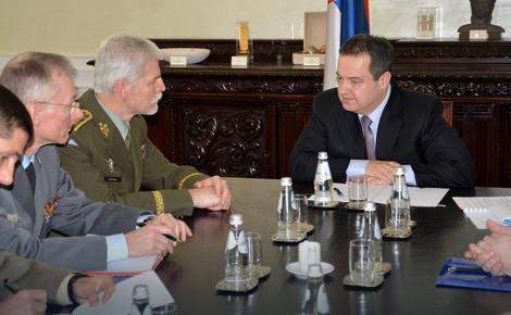 Peter Pavel i Ivica Dačić tokom današnjeg sastanka