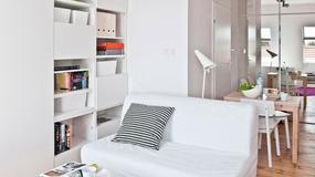 Komfortowa kawalerka pełna schowków - świetny pomysł na kuchnię i łazienkę