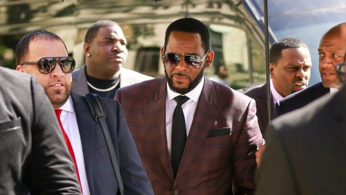 2f745f48bf061c9bab25ca8c9be16442 - R.Kelly's arrest warrant issued in Minnesota, currently in Chicago prison
