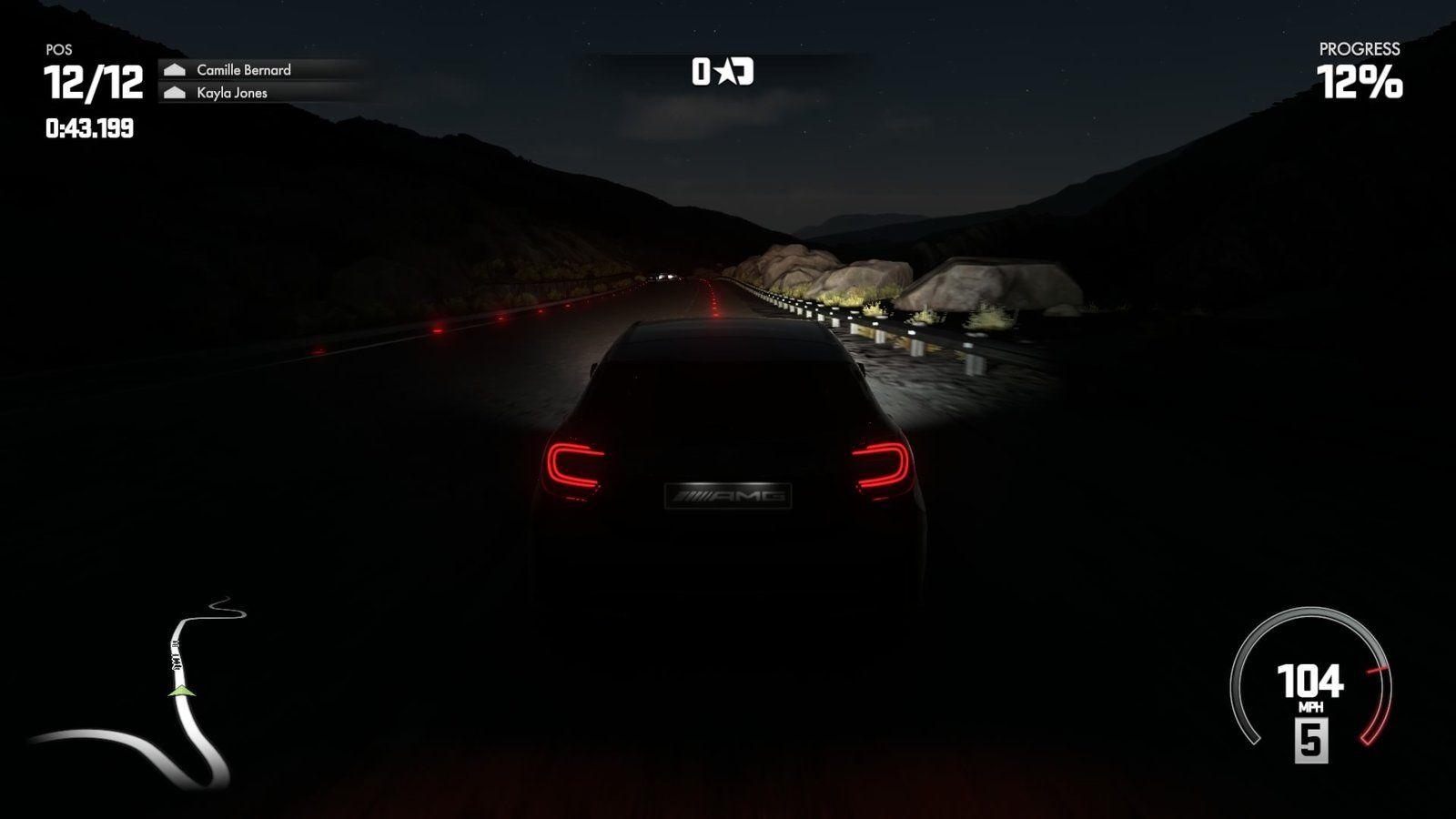 Nočné preteky majú neopakovateľnú atmosféru