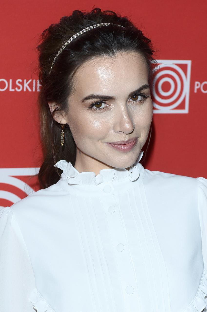 Marta Żmuda Trzebiatowska w eleganckiej stylizacji