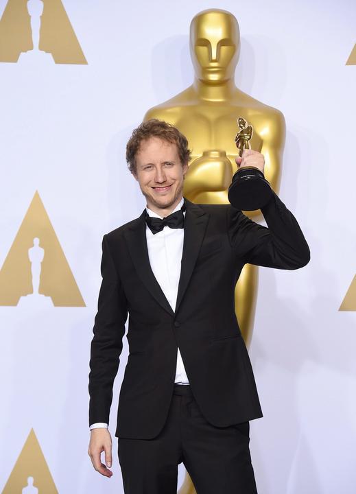 Büszkeségünk, Nemes Jeles László elhozta a Saul fiával a díjak díját, az Oscart/Fotó: MTI
