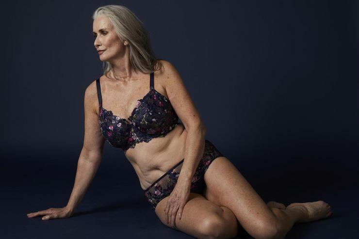 Az idős modell fehérneműkben pózolt a kameráknak /Fotó: Profimedia-Reddot