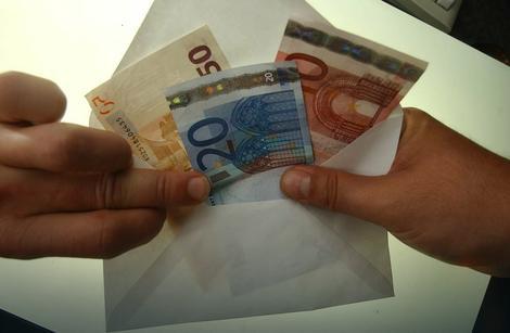 Lažne penzije plaćaju od 5.000 do 10.000 evra