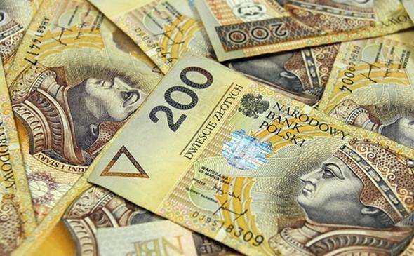 Dług publiczny przekroczył bilion złotych? Wiceminister zabrał głos