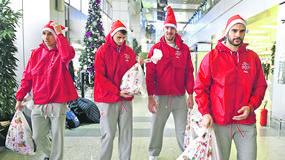 Kako su Zvezdini Deda Mrazovi stigli u Atinu na crveno-beli spektakl /FOTO/