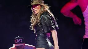 Seksowna Jennifer Lopez na koncercie w Anaheim