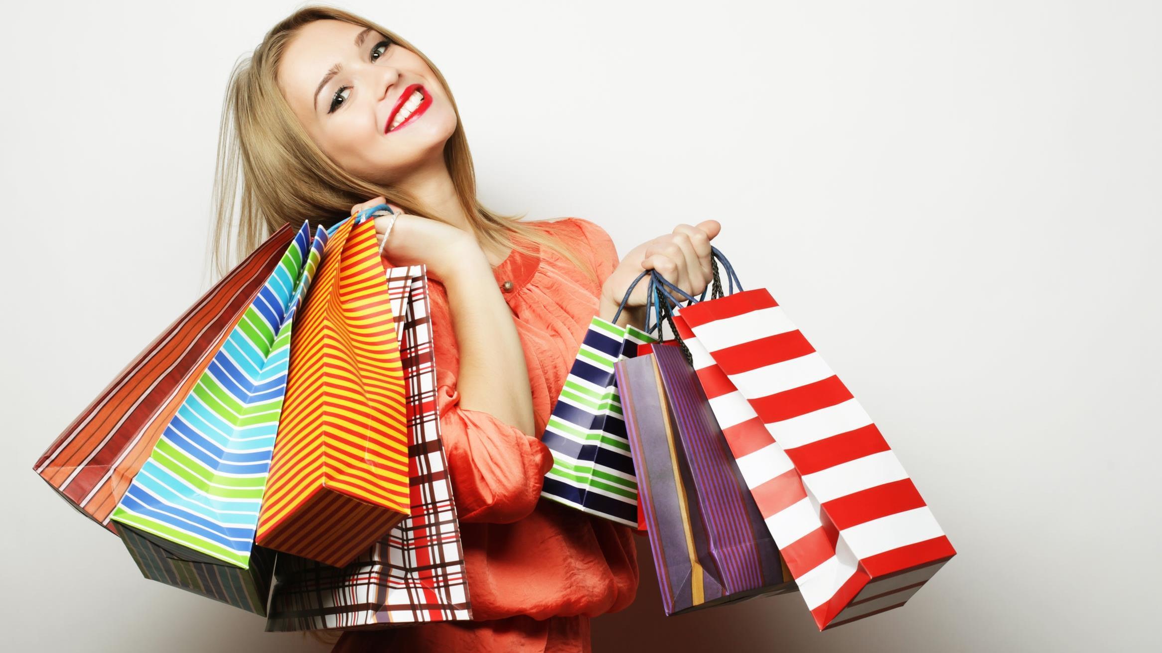 Обязан ли покупатель вернуть подарок к товару при сдаче основого