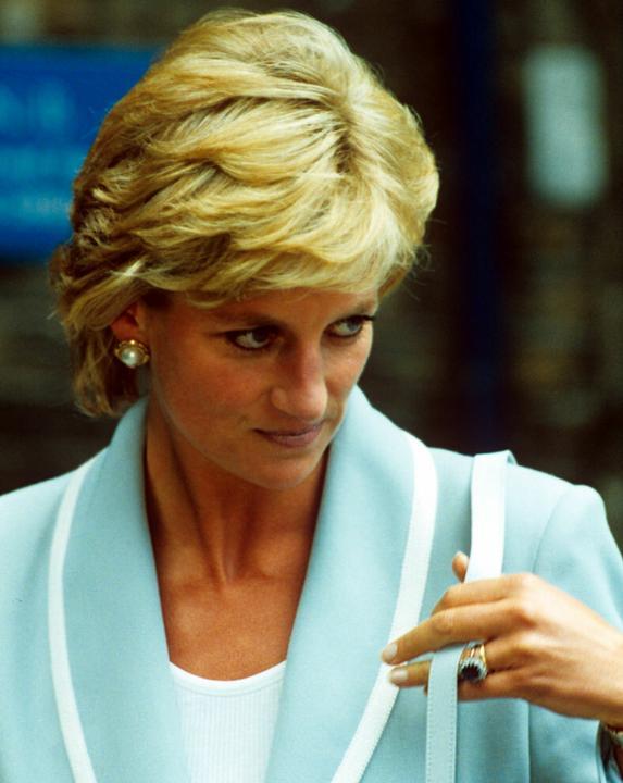 Diana is nagy szeretettel viselte a gyűrűt. Fotó: