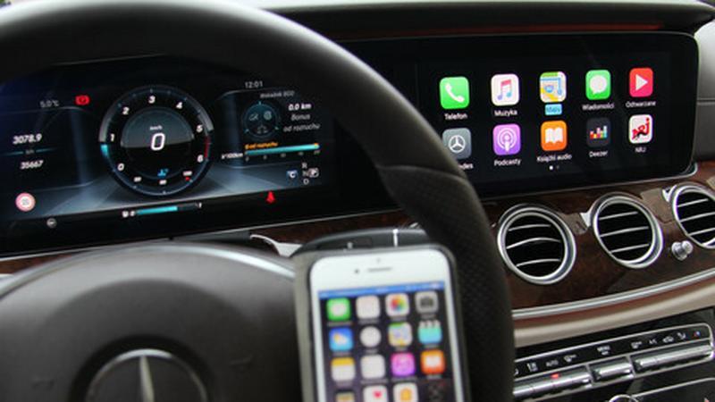 iPhone w samochodzie, czyli prawie wszystko o CarPlay
