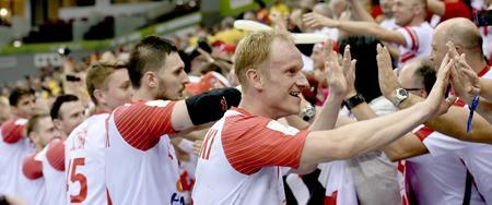 Polacy nie mieli prawa wygrać tego meczu? Potęga poległa mimo naszych problemów!