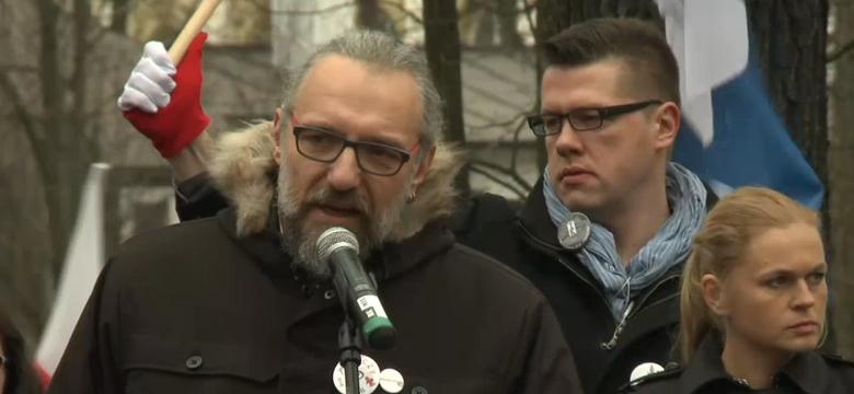 Politico: Mateusz Kijowski - hipster, który walczy z rządem