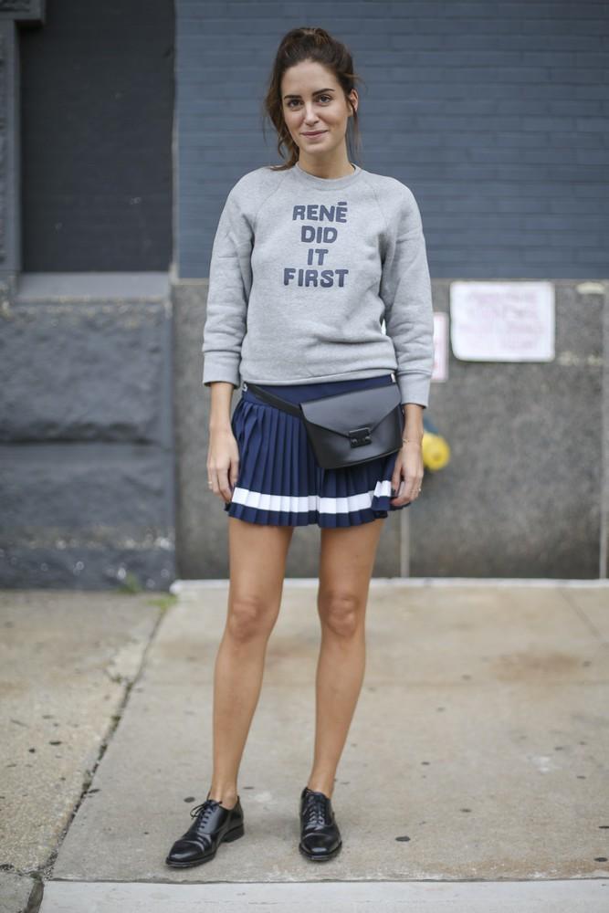 Bluza w połączeniu ze spódnicą