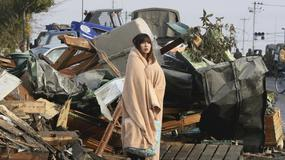 Życie po kataklizmie. Na co patrzy kobieta ze słynnego zdjęcia?