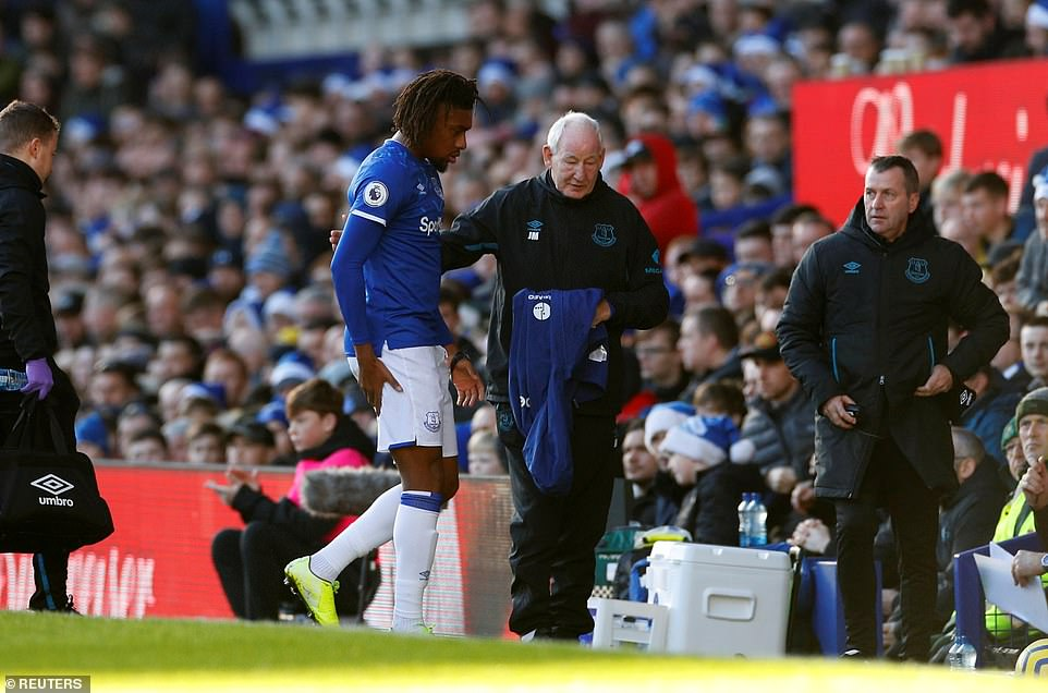 Alex Iwobi lasted just about 10 minutes before he taken off because of an injury (Reuters)