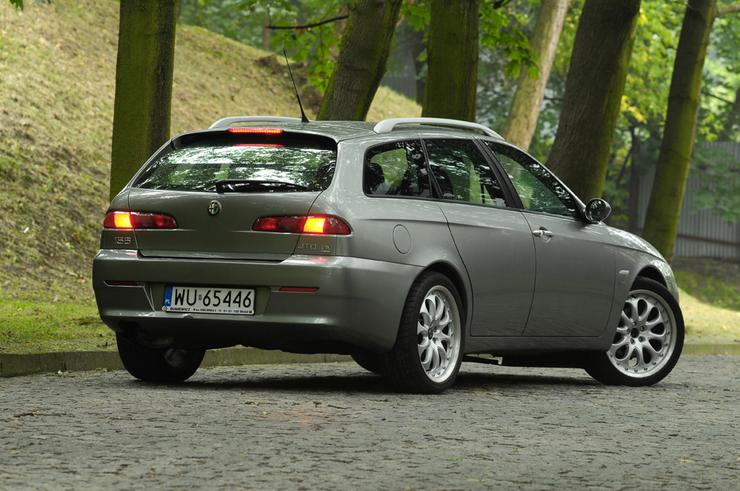 alfa romeo 156 sportwagon 1 9 jtd gdyby nie zawieszenie test auta u ywanego auto wiat. Black Bedroom Furniture Sets. Home Design Ideas