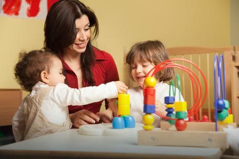 Zbog komplikovane papirologije pojedini roditelji odustaju