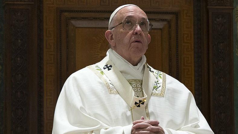 Ferenc pápa titkárnője beteg volt / Fotó AFP