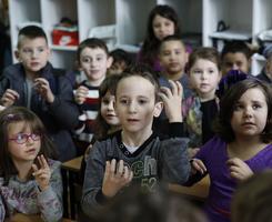 Gluvonemi dečak iz Sarajeva mrzeo je da ide u školu... Sve dok njegovi drugari nisu uradili nešto NEVEROVATNO