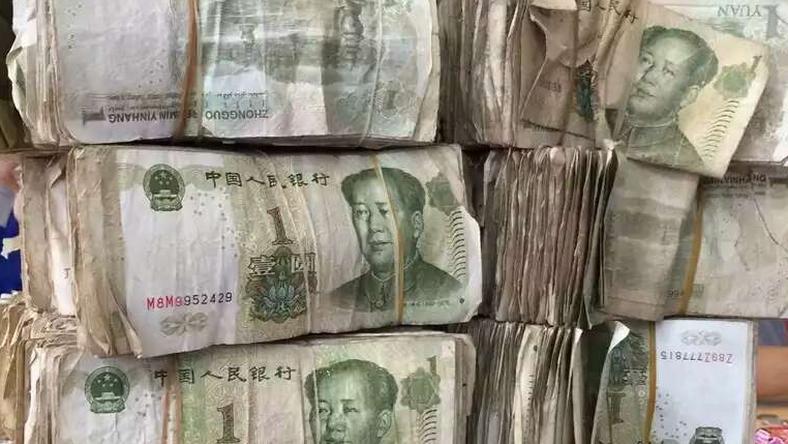 Felaprította a pénzt / Fotó: Northfoto