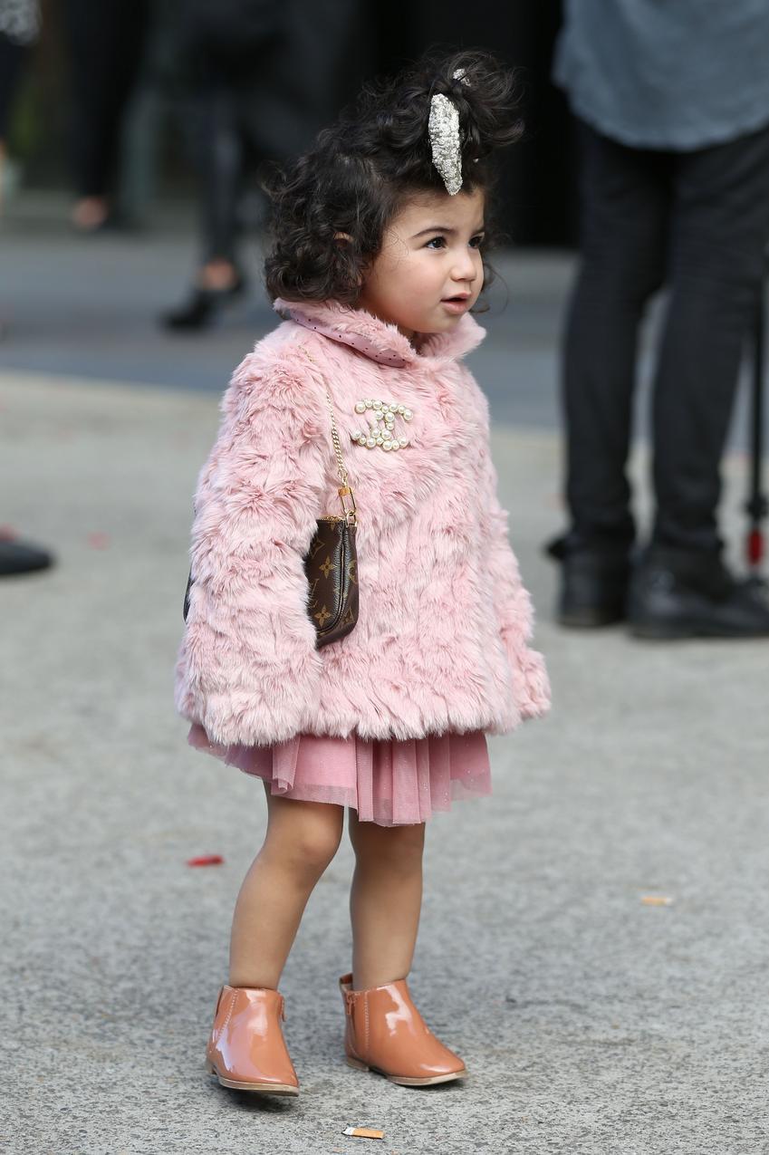 Mała fashionistka