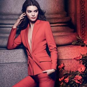 Kendall Jenner debiutuje w reklamie perfum Modern Muse Le Rouge