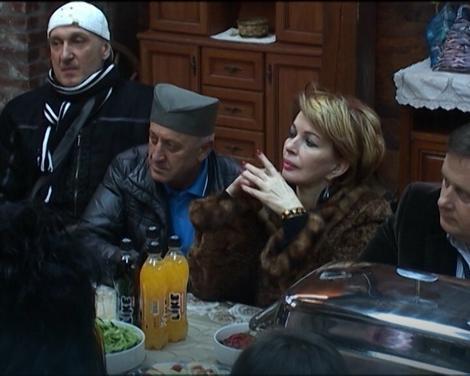 Gordana Bjelica se sa Danijelom seli u štalu