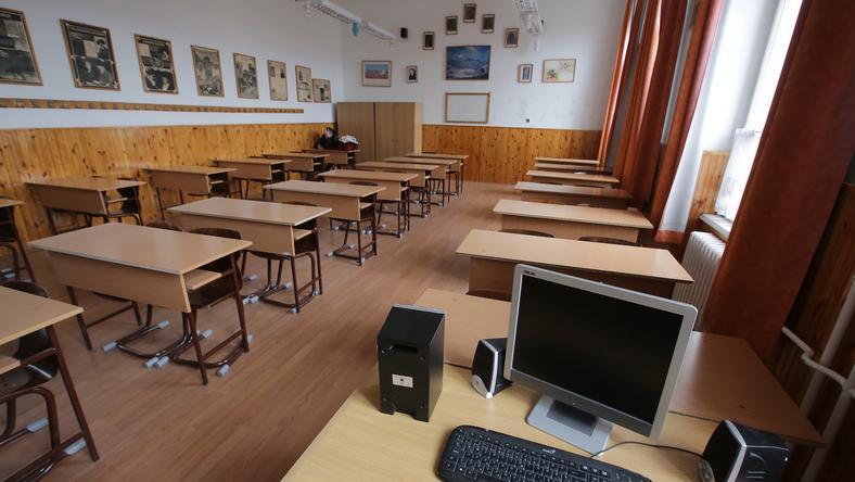 Hamarosan újra elnéptelenedhetnek az iskolai osztálytermek/ Fotó: Grnák László