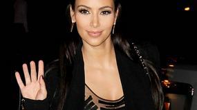 Kim Kardashian w prześwitującej bluzce