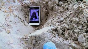 Nietypowy test wytrzymałości smartona Xperia go