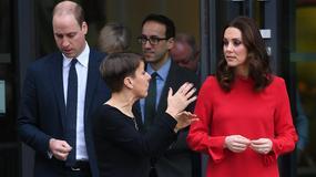 Księżna Kate i książę William odwiedzili siedzibę stacji telewizyjnej. Przed budynkiem czekał na nich tłum dzieciaków!