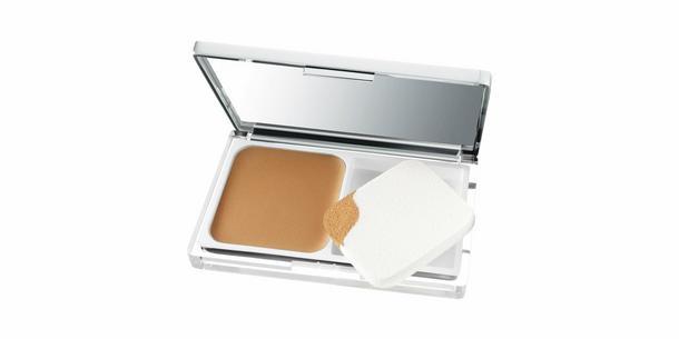 Clinique Anti Blemish Solutions Powder Makeup: puder, który sprawia, że cera jest idealna