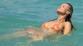 Joanna Krupa pojawiła się na plaży. I nie uniknęła wpadki