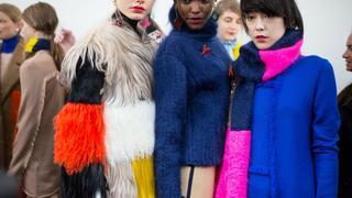 Must have: ubrania i dodatki w mocnym kolorze