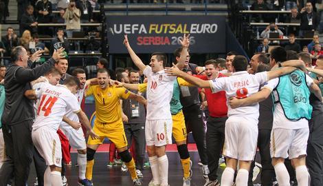 MAJSTORI FUTSALA Srbija bacila Portugal na kolena, sa prvog mesta u četvrtfinale!