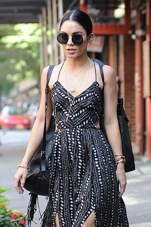 Best Look: Vanessa Hudgens w sukience Urban Outiftters