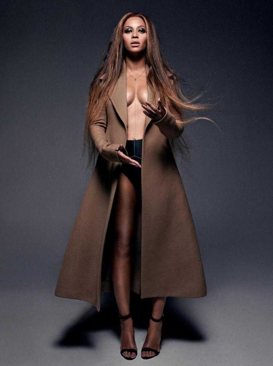Pierre Debusschere / CR Fashion Book